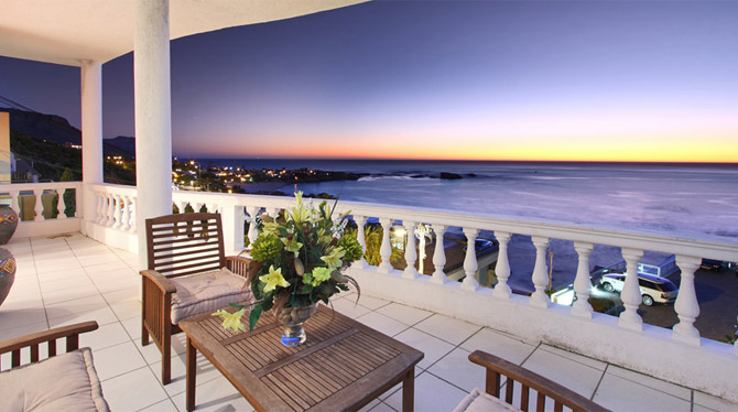 Luxury Holiday Apartment in Clifton with great sea views