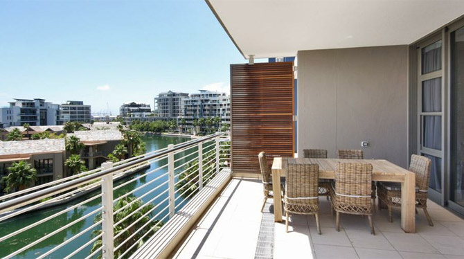 Cape Town Waterfront Apartment with great views