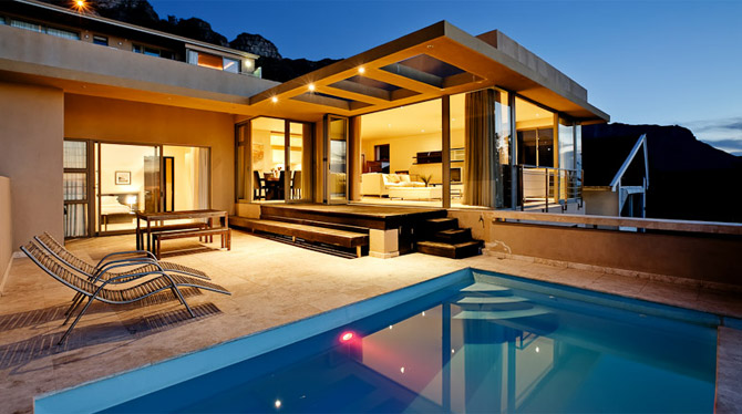 Luxury Camps Bay Villa for a large Family or a Group of Friends