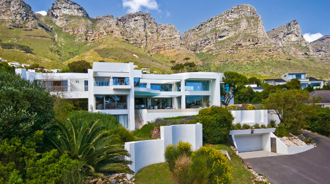 Fulham Mansion to Rent in Camps Bay for your next holiday