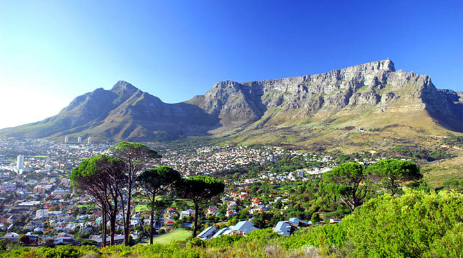 Table Mountain in Cape Town - Holiday Accommodation in Cape Town