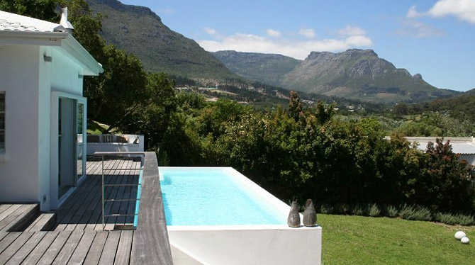 Large Hout Bay Villa with big pool for holiday rent