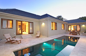 Beautifully furnished 4 bedroom home in Claremont, Cape Town to rent