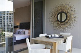 1 Bedroom Apartment to rent Long Term in the V and A Waterfront, Cape Town