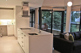 2 Bedroom Apartment to rent Long Term in Camps Bay Cape Town