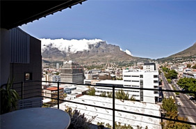 1 Bedroom Penthouse Apartment for Long Term Rental in Cape Town CBD