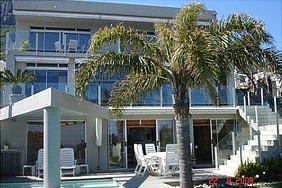 4 Bedroom House to Rent in Llandudno Cape Town